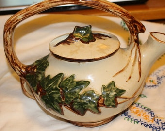 Vintage McCoy English Ivy Teapot