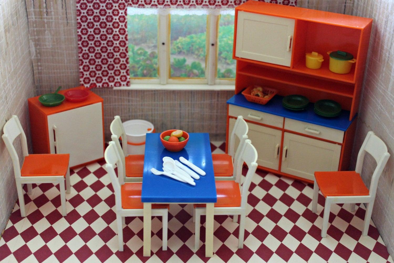 maison de poup e allemande vintage meubles de cuisine jouets. Black Bedroom Furniture Sets. Home Design Ideas