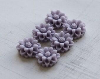 10pcs, Mini Mum Flower Cabochon - Light purple