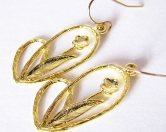Golden Flower Dangle Earrings Modern Sleek Elegant Design 14kt Gold Filled Earwires