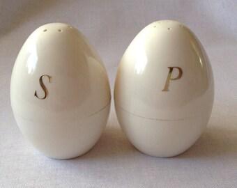 Vintage Egg Shaped Salt and Pepper Shakers