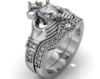 wedding rings claddagh