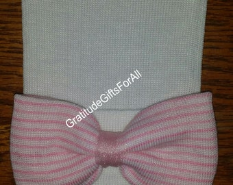 NEWBORN HOSPITAL HAT Baby's 1st Keepsake! Newborn Baby Hats. Newborn White Hat with a Pretty White/Pink Stripe Bow