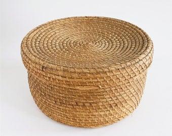 antique pine needle basket, antique basket, antique woven basket, needle basket