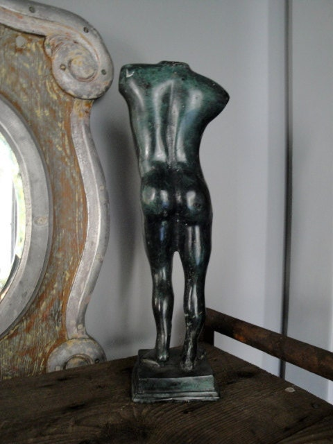 Design Toscano Sustained Ambition Modern Male Nude Statue