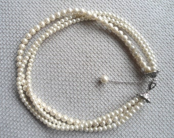 Pearl Necklace,  Ivory Pearl Necklace ,Glass Pearl Necklace,3 Strands Pearl Necklace,Wedding Jewelry,Bridesmaid necklace,Wedding necklace