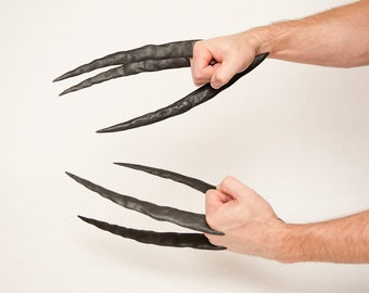 Daken-Dark Wolverine Claws - Hand Sculpted and Distressed - Comfortable and Easy to Assemble!