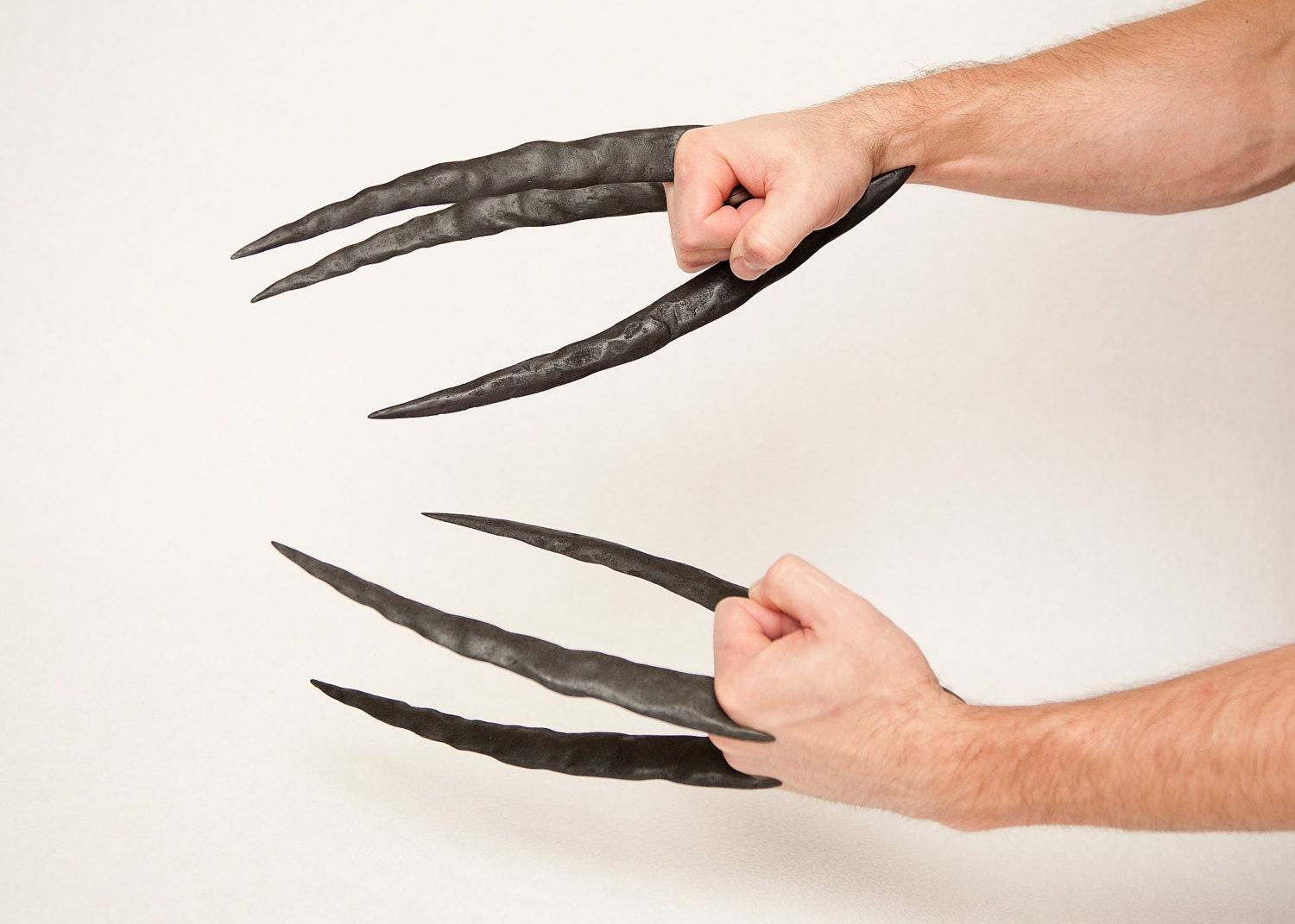 Daken dark wolverine claws hand sculpted and distressed zoom pronofoot35fo Choice Image