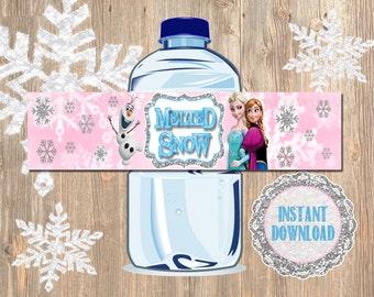 Disney's Frozen Water Bottle Labels! Printable Pink Water Bottle Labels. Match invitation and Favor designs! Disney DIY bottle labels.