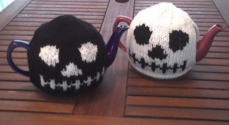 Gothic Skull Head Tea Cosy and Skull Dishcloth Knitting