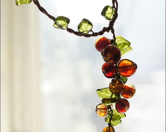 Red currant necklace - Great boho redcurrant focal - Lampwork berries bijou - Contemporary lampwork jewelry