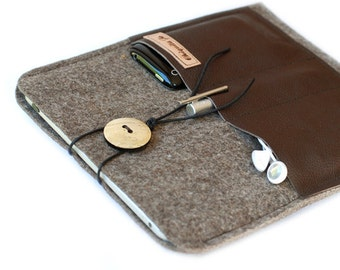 Felt & leather IPAD case Brown with 3 compartments!