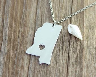 I heart Mississippi Necklace - Mississippi Pendant - State Necklace - State Charm - Map necklace - Map Jewelry