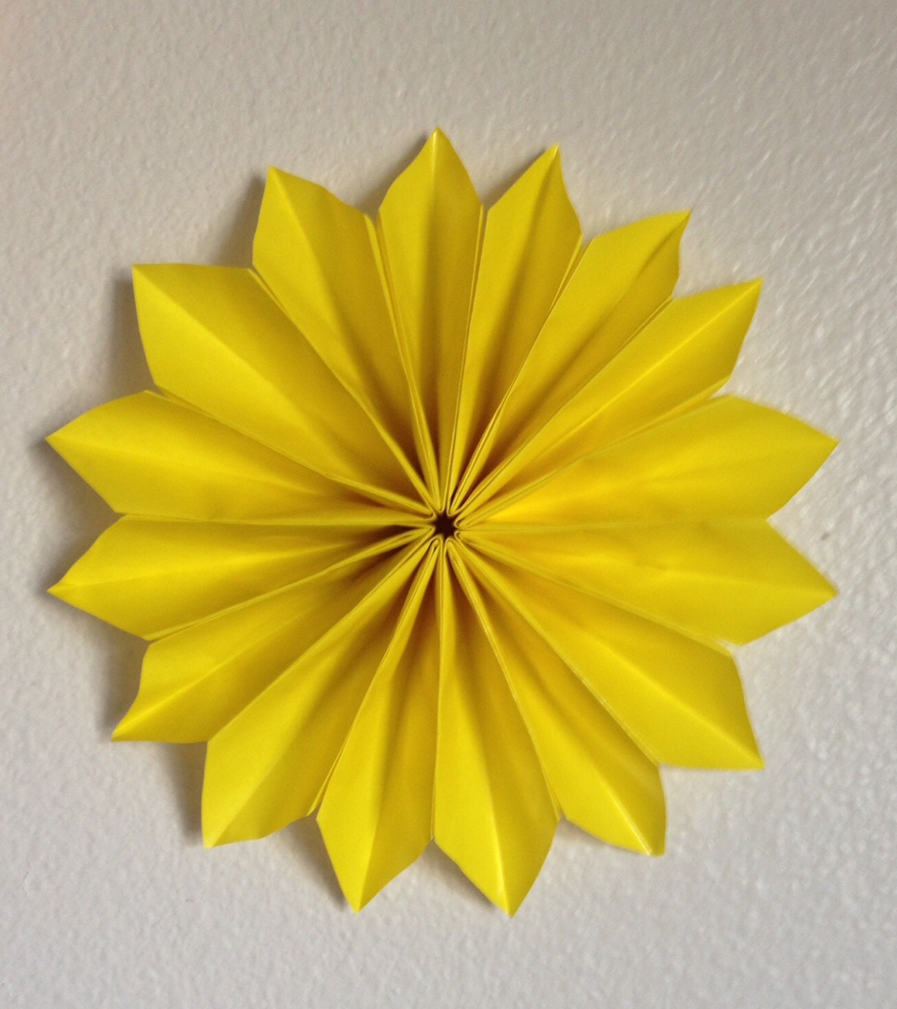 Pretty origami wall art gallery the wall art decorations origami flower wall decor e10231018401296936m 2500 jeuxipadfo Gallery