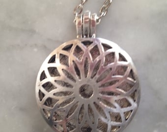 Silver Flower Filigree Locket- Essential Oil Diffuser Necklace-Comes with Leather pads for each locket-Aromatherapy Necklace