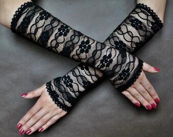Elegant GOTHIC VAMPIRE Glamour CHOKER black lace gloves,  fingerless mittens