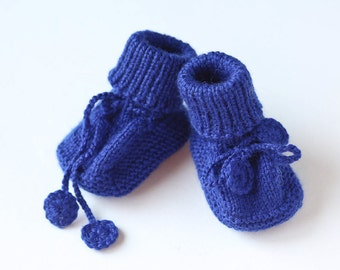 MADE TO ORDER/ Hand knitted baby booties