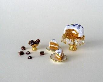 Dollhouse miniature set for dolls