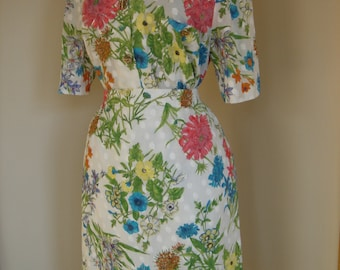 early 90s white with  floral spring skirt and top 2 piece  set size L