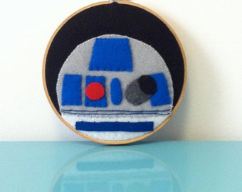 R2D2- Embroidery Hoop Wall Art