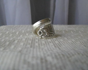 """Spoon Ring, Spoon Jewelry, Antique Silver Plate Spoon, """"Daffodil"""" by 1847 Rogers, 1950, Silver Ring, Any size you need."""