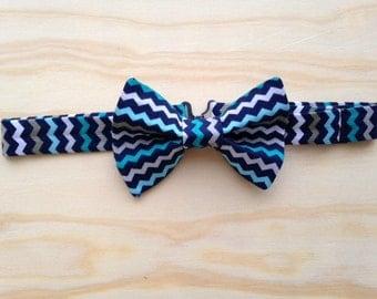 Chevron blues bowtie