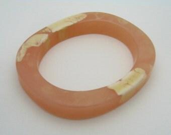 Oval Bakelite Look Pink/Cream Bangle Bracelet