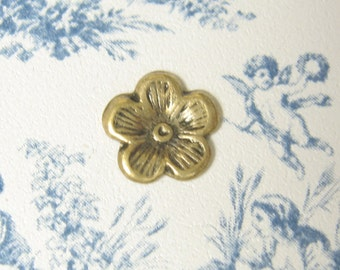 Small Flower Stamping Antiqued Gold Ox Plated Brass Stamping 6-131-GO