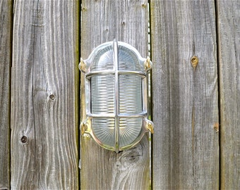 Fantastic retro style industrial polished aluminium oval ships cage bulkhead wall light ribbed glass B