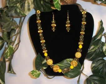 Yellow Sunset Necklace and Earrings