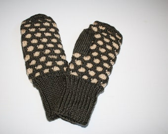 Hand Knitted Newfoundland Mittens