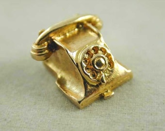 Charm Telephone Vintage 9CT Gold Dated 1969 1.7 Grams Delightful