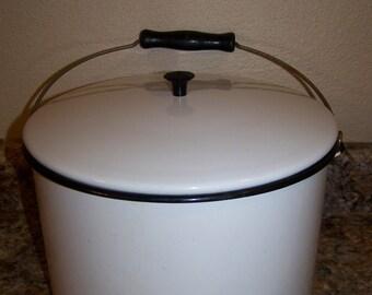 Antique White Porcelain Enamel Dutch Oven Pot