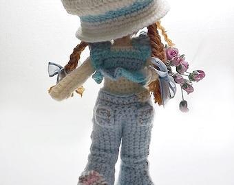 Sarah Crochet Doll Pattern, Design by nong