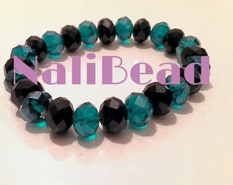 Blue/black beaded bracelet with elastic band