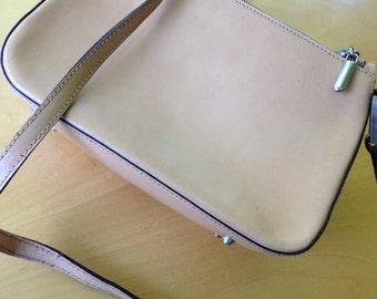 Vintage Tan Leather Hang Bag by Simone Firenze