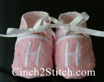 Monogrammed Baby Shoes/Booties - In The Hoop - Machine Embroidery Design Download (Plain Baby Shoes Included) - (0-3 month size)
