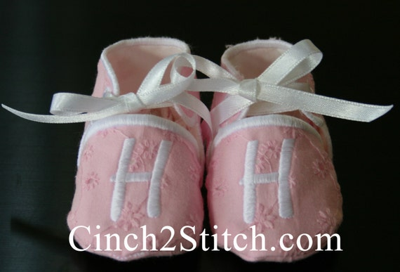 Monogrammed Baby Shoes Booties In The Hoop By Cinch2stitch