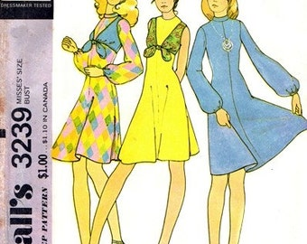 McCall's 3239 Dance Your Feet Off Dress & Vest 1972 / SZ10 UNCUT