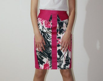High waisted skirt, floral print+ fuchsia