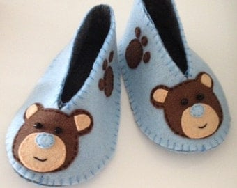 Handmade Felt Baby Shoes / Teddy Bear Booties - made to order