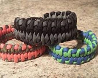 Dragons Tongue Weave Paracord Bracelet