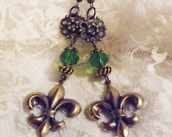 Earrings in Bronze - Fleur de Lis