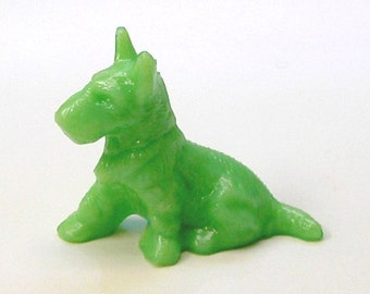 Scottie Dog in Jade Color Glass