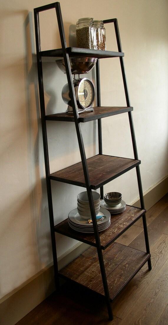 etagere industriel industriel roulettes en fer avec plateaux en bois epica h cm rayonnage. Black Bedroom Furniture Sets. Home Design Ideas