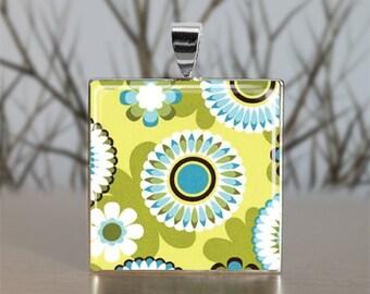 Spring Flower Necklace - Flower Pendant - Floral Necklace