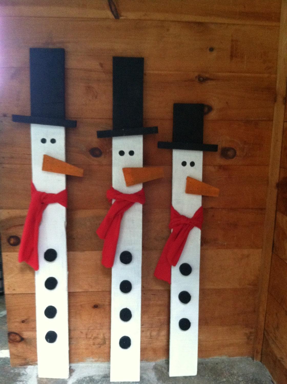 Primitive snowman primitive snowfamily rustic snowman for Planche bois exterieur