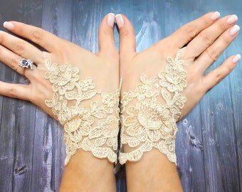 Bridal gloves, Champagne Fingerless Lace Gloves, Gold Gloves, french lace gloves light beige, Alencon lace gloves