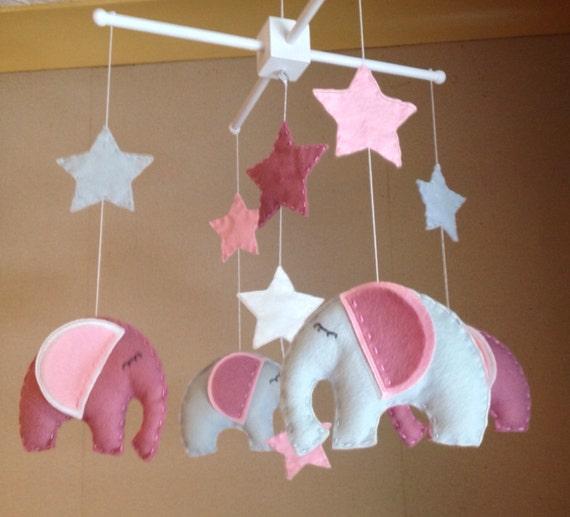 Baby-Mobile Kinderbett Mobile mobile Elefant rosa von EllaandBoo