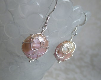 Delicata Pink Coin Pearl Earrings